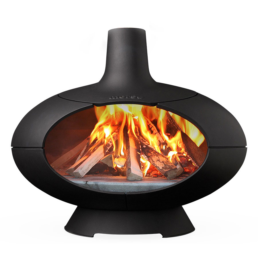 Morso Forno outdoor oven with fire lit