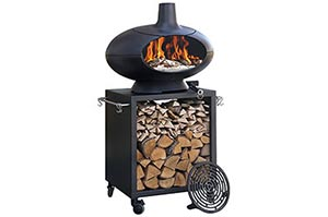Compact outdoor oven on stand with wood storage